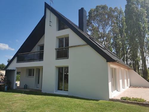 Réalisation complète d''une toiture et d''une façade