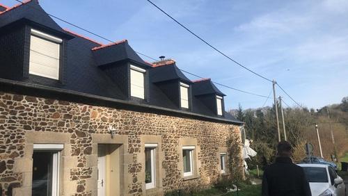 Traitement hydrofuge sur toiture en ardoises naturelles - Côtes-d''Armor (22)